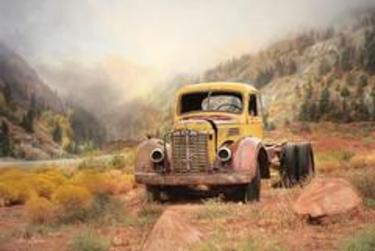 Southwestern Relic Yellow Rust Truck